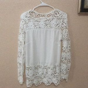 Tops - Lace White Juniors Top. Beautiful lace work. XL